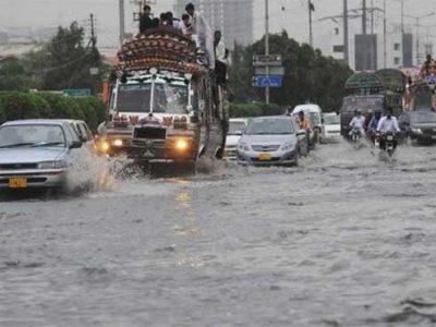 rain causes havoc in Karachi